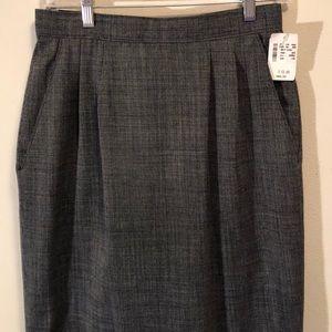 💕NWT Miss Pendleton Size 10 skirt 💕